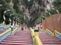 全球惊险人工阶梯大盘点——马来西亚黑风洞阶梯