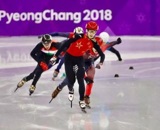武大靖夺中国首枚平昌冬奥会金牌