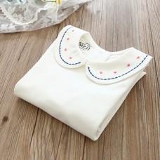 刺绣娃娃领打底衫