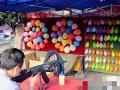 天津51岁大妈赵春华因摆气球射击摊被判非法持枪一案有了新进展