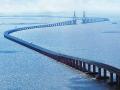 东海大桥:世界上最长的外海跨海大桥可抗12级台风、七级烈度地震,设计基准期为100年。