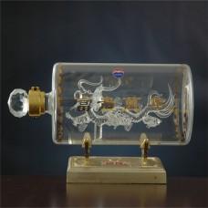 河北白酒瓶厂家定制 高硼硅玻璃工艺酒瓶
