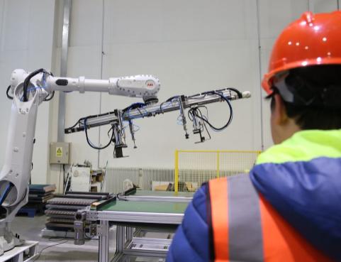 前沿科技发力原材料工业,构筑智能制造新通道!