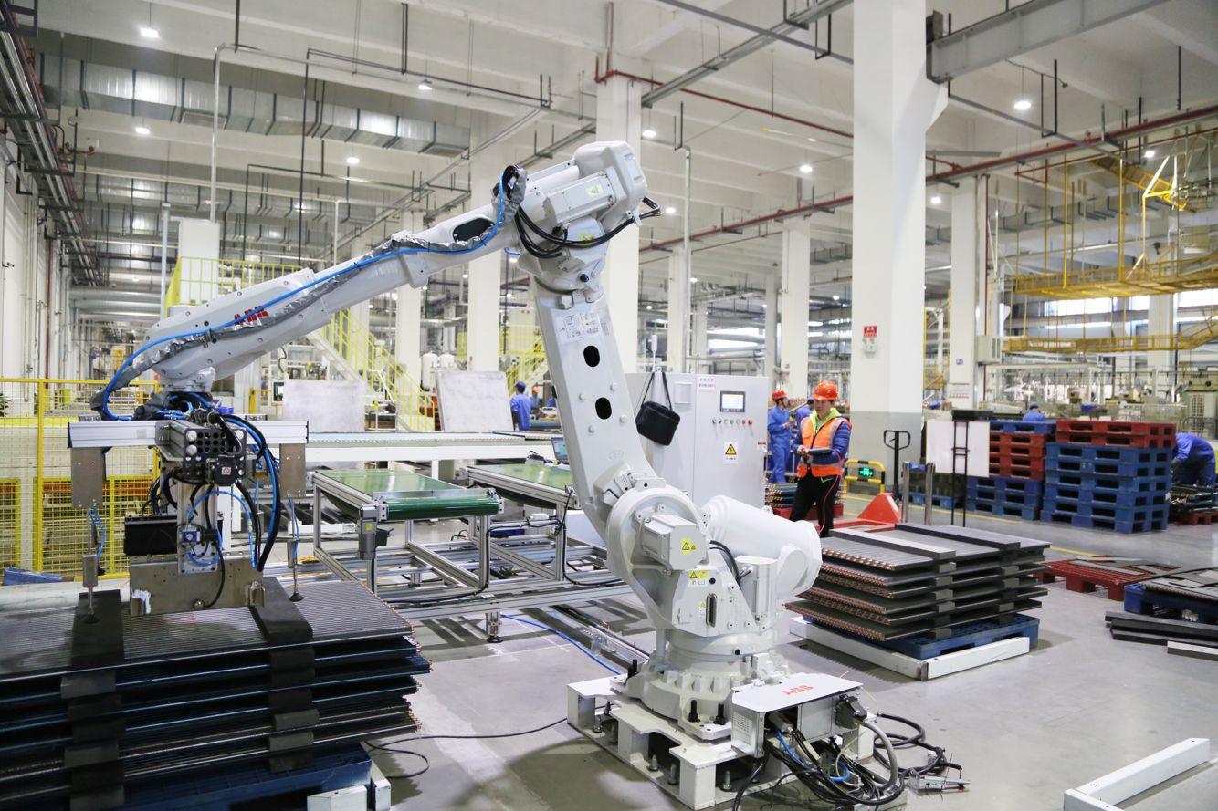"""智能化成纺织机械行业变革""""法宝"""""""