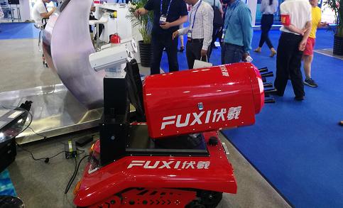 焊接机器人与焊接设备共同发展
