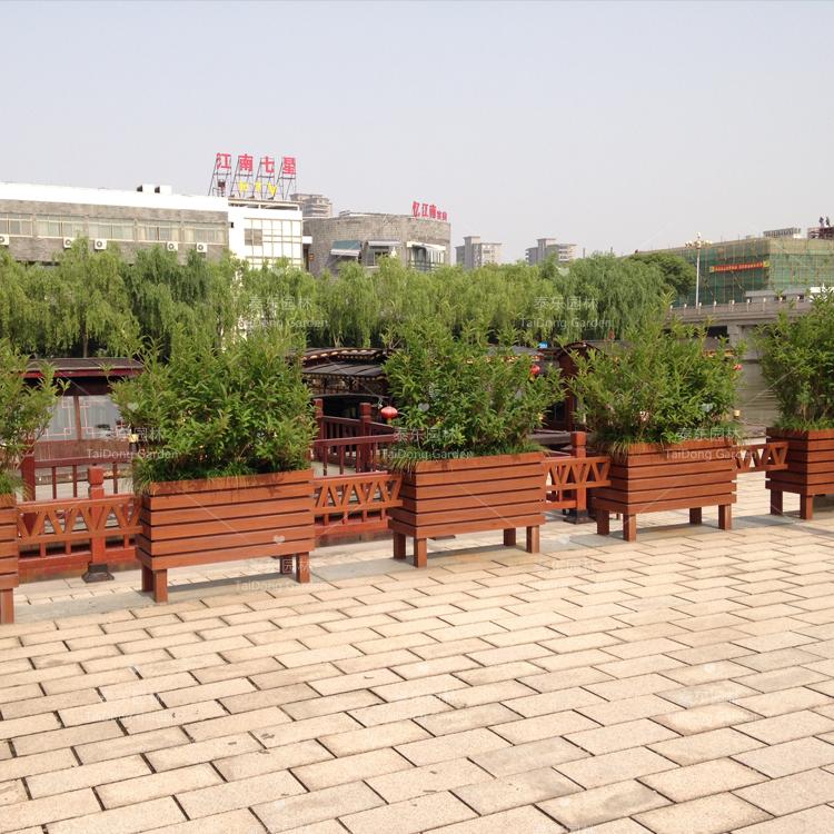 嘉兴泰东pvc市政花箱的应用越用越广泛